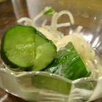 安楽亭  - 料理写真:「安楽亭のオイキムチ」