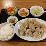 哈爾濱飯店 - 千炸肉段定食(945円)