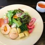68081342 - 前菜&スープ(冷製トマト)♡