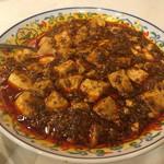 68083895 - 豆腐もひき肉もうまい。辛さも激辛。なにも間違ってない