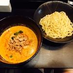 護摩龍 - 飢餓つけ麺(900円)