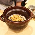 松弥 - 料理写真:トコブシと雲丹の釜飯