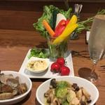 68090459 - 京野菜の冷製バーにゃ、浅利の酒蒸し、ほたての香草バター焼き