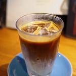 エドガワ コーヒー カンパニー - アイスカフェラテ