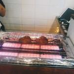 テッパン ビストロ ブリ - 牛タン焼き焼き中。