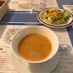 68096130 - スープとサラダ。                       美味し。