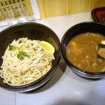 つけ麺 玄瑞 - 「つけ麺(中盛)」750円