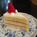 68100100 - ショートケーキ