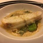 レストラン ラ フィネス - チュルボ 蓴菜 ゼラチン質を楽しみください 満願寺唐辛子、そら豆、バターソース