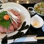 仙台牛焼肉 バリバリ - ローストビーフ丼 今だけ 990円