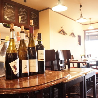 種類豊富なワイン!各国の厳選ラインナップです!