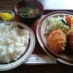 レストラン高砂 - カニクリームコロッケランチ(590円)