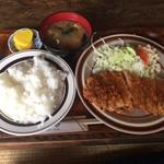 レストラン高砂 - カツランチ(590円)