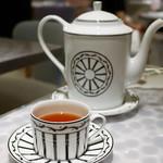 Cafe'Dior by Pierre Herme' - テ イスパハン 2400円 ダージリン、キーマン、ライチ、ローズのフレーバーティーをブレンドしたオリジナルティー