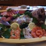 さくら川 - 料理写真:豪華な舟盛り