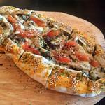 レッドホーク - ビーフ&チキンピザ