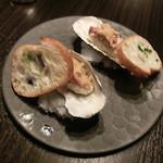 68134459 - 牡蠣の炭火炙り 生海苔雲丹焼き
