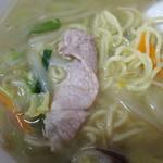 カツミ軒 - タンメンの肉