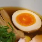 68137144 - 醤油らぁ麺(チャーシュー各2枚増)