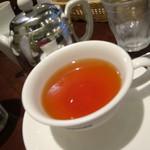 ベーカリーカフェ 明治堂 - アフタヌーンティーの紅茶