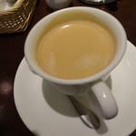 ベーカリーカフェ 明治堂 - アフタヌーンティーのコーヒー