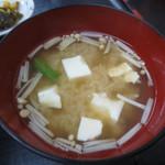 宇佐屋うどん - 定食の味噌汁
