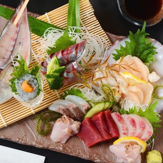 『鮮』三河の魚を中心に市場直送の魚をお楽しみください♪