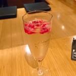 来恩DK - スパークリングワイン+フローズンフルーツ