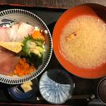 68145361 - 備中屋海鮮丼(並)980円