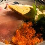 68145367 - 備中屋海鮮丼(並)980円