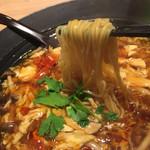 西安健菜キッチン - 麺は細めんストレート