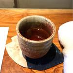 炭火割烹 蔓ききょう - 京番茶。
