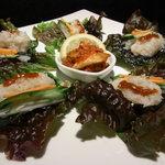 炭火焼肉 李壽 - 韓国のり巻きのレタス包み
