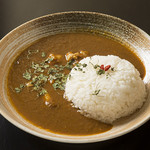 DiningBar Hidden Lounge - 薬膳スープで作ったチキンカレー
