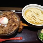 68152764 - 肉玉丼セット