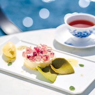 サロン・ド・テ ロザージュ - 料理写真:あじさい -白桃と柚子-