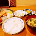 68154939 - 焼魚(鮭)定食 1100円