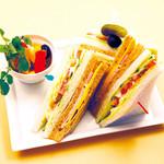 箱根ハイランドホテル ラウンジ - 野菜とハムのミックスサンドウィッチ