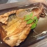 地魚酒場 魚八商店 - 鯖煮付け
