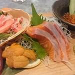 地魚酒場 魚八商店 - 北海四種盛り