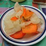 ナマステ・ネパール - NAMASTE NEPAL @板橋本町 ぶた丼に付く漬物