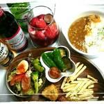 ガヤガヤ curry&cafe - ちょい飲みセット