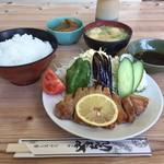 やまちゃん食堂 - 料理写真:ソテー定食 1,050円