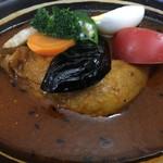 Buzz curry  札幌本店 花車 - チキンのスープカレーセット 1180円 サラダ、ドリンク付