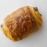 ブリオッシュ ドーレ - パン オ ショコラ 200円