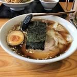 大洋軒 - ワンタン麺!