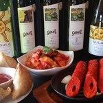 マサラアート - インドワインが豊富に揃えています。