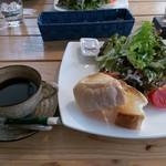 オープンカフェ - まるごとやまなしトースト