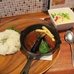 フライパン - ハンバーグランチ(¥920)