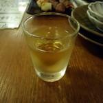 居酒屋革命 酔っ手羽酒場 - 火曜日はテキーラの日?1杯100円也。